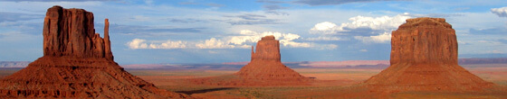 Ægte western landskab fra Monument Valley på grænsen mellem Utah og Arizona